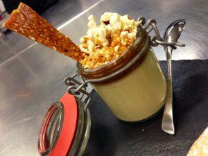 Popcorn panna cotta